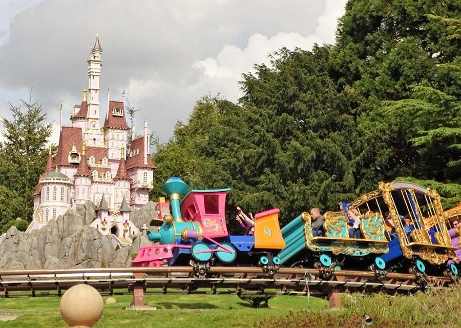 Casey Jr. – le Petit Train du Cirque in Disneyland Paris – Foto: © Adri van Esch