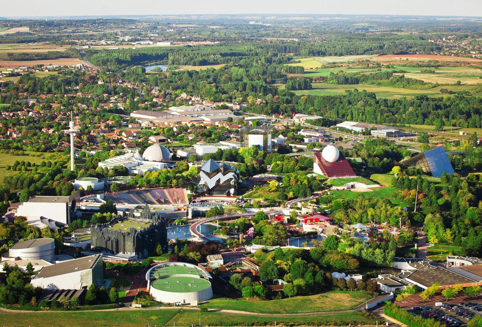 Futuroscope vanuit de lucht - Foto: P.Torset / D.Laming Architecte