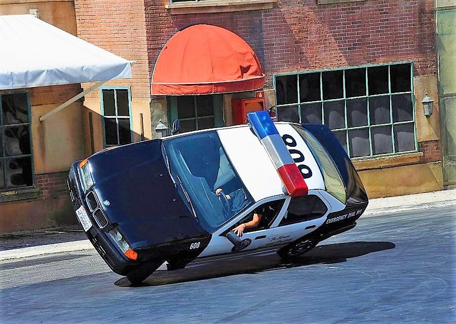 Stuntshow Loca Academia de Policia in Parque Warner Madrid