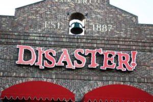 Ingang van Disaster! - Foto: Parkplanet