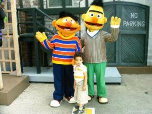Poseren met Bert en Ernie uit Sesamstraat