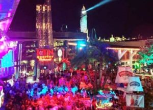 Party in CityWalk