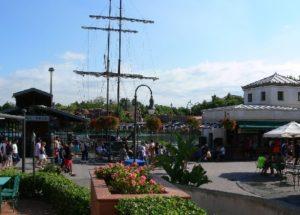 Ingangsplein van Port Aventura