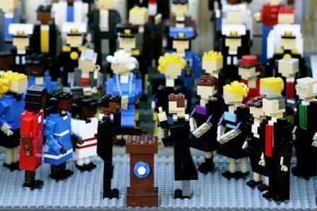 De inhuldiging van Barack Obama in Legosteentjes - Foto: Legoland