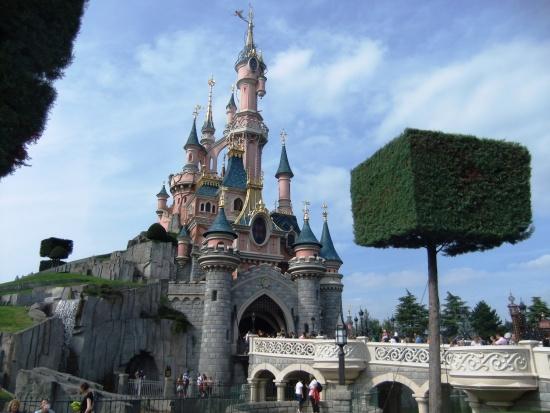 Het kasteel van Disneyland Paris - Foto: (c) Parkplanet