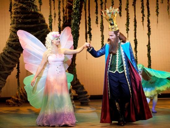 Koning Oberon en zijn vrouw Titania in de musical Droomvlucht - Foto: Roy Beusker