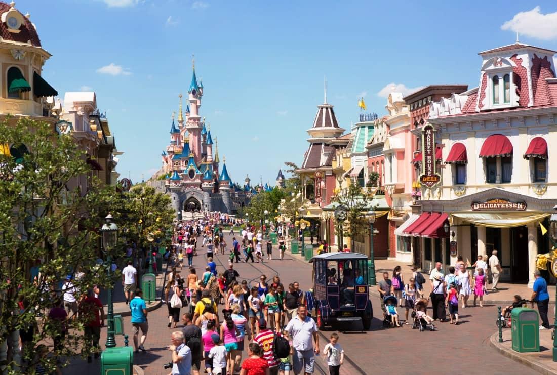 Main Street in Disneyland Paris - Foto: © Disney