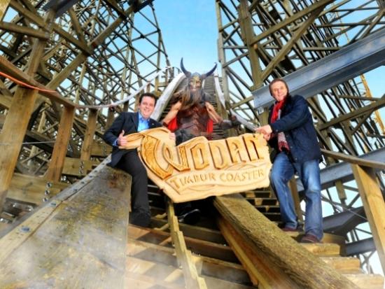 Vader en zoon Mack - eigenaren van Europa-Park - onthullen de naam van de nieuwe houten achtbaan: Wodan