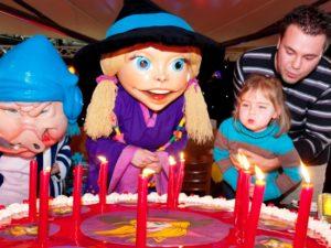 Het verjaardagsfeest van Toos Toverhoed