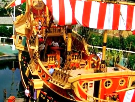 Piratenschip in Disneyland in 1957 - Screenshot YouTube
