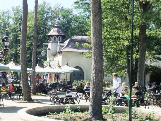 Horecagelegenheid De Gebrande Boon in de Efteling - Foto: (c) Adri van Esch, Parkplanet