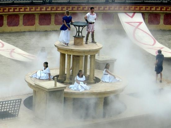 Finale van de Romeinse show in Puy du Fou - Foto: Calipseo
