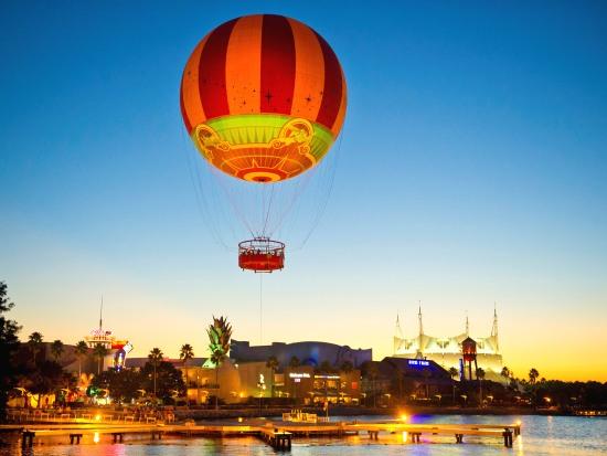 Luchtballon Characters in Flight in Walt Disney World - Foto: Disney, Gene Duncan