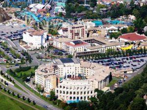 Vier van de vijf hotels van Europa-Park in het Zwarte Woud