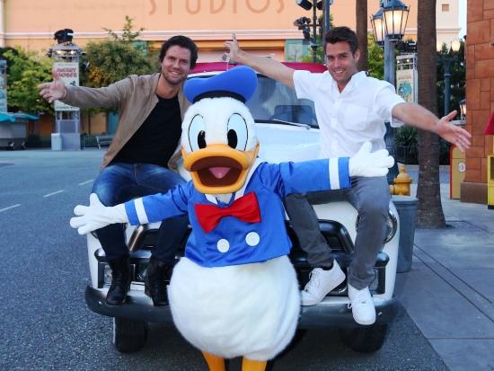 Nick, Simon en Donald Duck in de Walt Disney Studios - Foto: (c) Disney