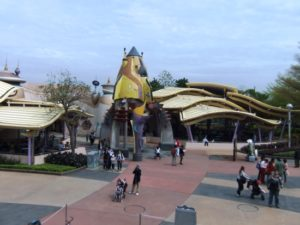 Tomorrowland in Hong Kong Disneyland - Foto: (c) Adri van Esch / Parkplanet