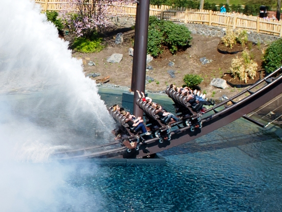 Krake, de dive coaster in Heide-Park