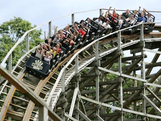 Houten achtbaan Wild Wild West heet nu Bandit - Foto: Movie Park Germany