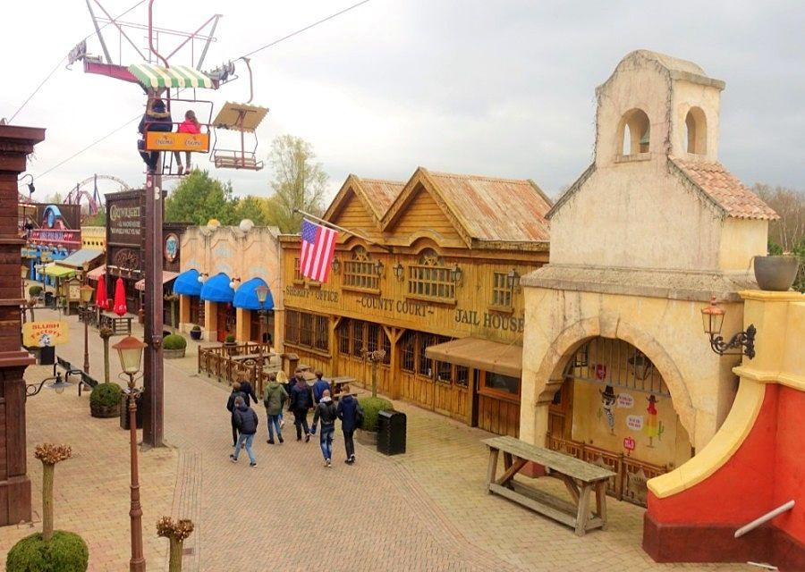 Main Street in Attractiepark Slagharen – Foto: © Adri van Esch
