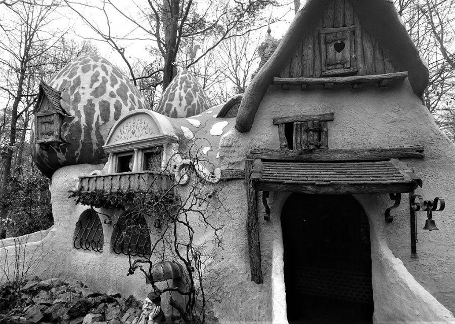 In 1972 krijgt de Efteling een nieuw kabouterhuis - Foto: © Adri van Esch