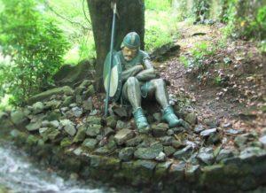 Wachter bij het kasteel van Doornroosje in het Sprookjesbos van de Efteling - Foto: (c) Parkplanet
