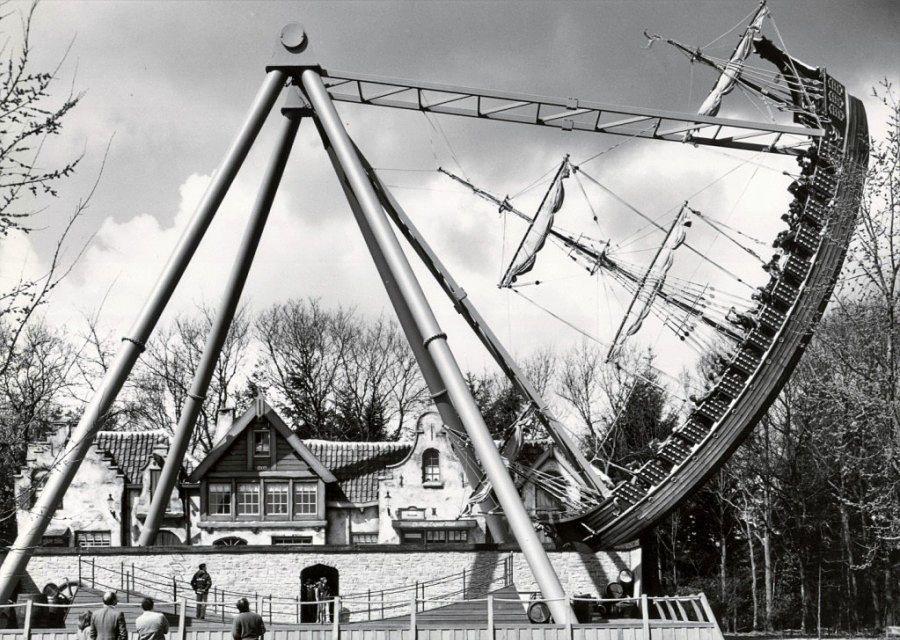 1982: Schipschommel De Halve Maen in de Efteling