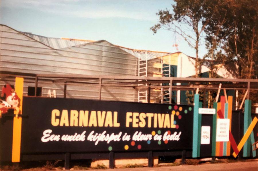 De bouw van Carnaval Festival in de Efteling - Foto: © Adri van Esch