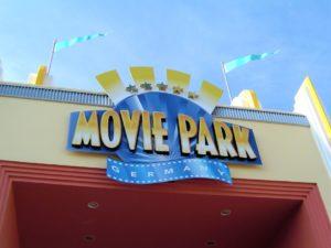 De filmpoort van Movie Park Germany - Foto: (c) Adri van Esch
