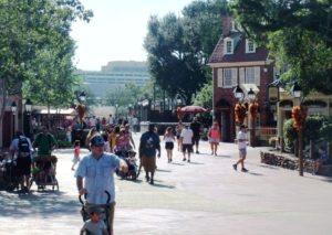 Liberty Square in het Magic Kingdom en het Contemporary Resort - Foto: (c) Adri van Esch