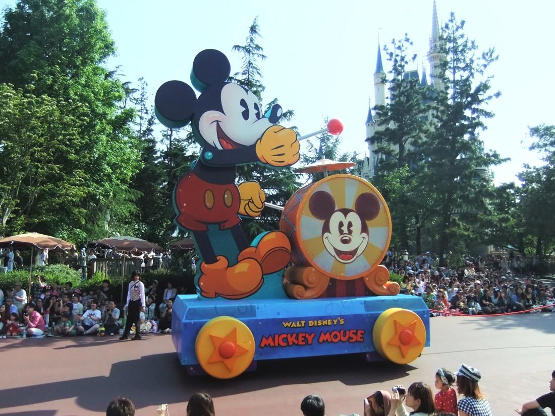 Happiness Is Here Parade in Tokyo Disneyland - Foto: © Adri van Esch
