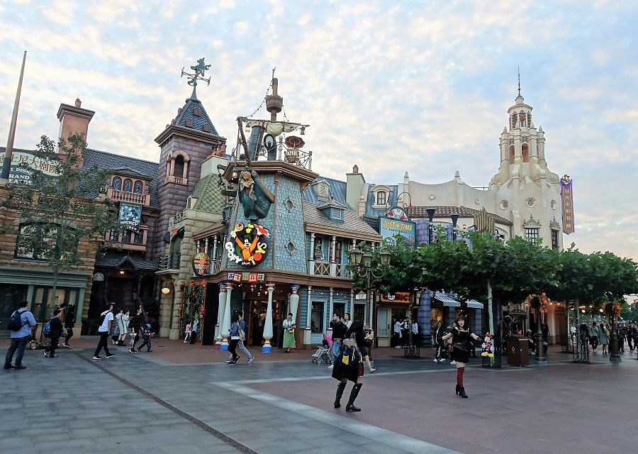 Mickey Avenue in Shanghai Disneyland - Foto: © Adri van Esch