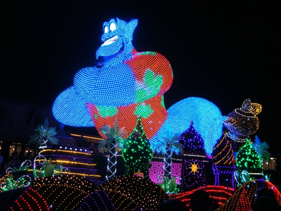 De Electrical Light Parade in Tokyo Disneyland - Foto: (c) Parkplanet