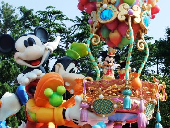 De parade van Tokyo Disneyland - Foto: (c) Parkplanet