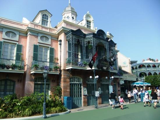 Pirates of the Caribbean in Tokyo Disneyland - Foto: (c) Parkplanet