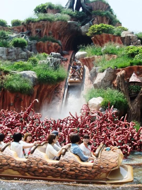 Splash Mountain in Tokyo Disneyland - Foto: (c) Parkplanet