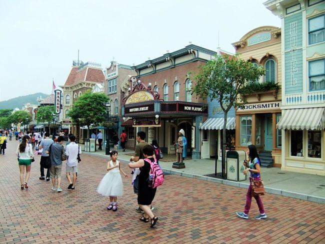 Main Street in Hong Kong Disneyland - Foto: © Adri van Esch