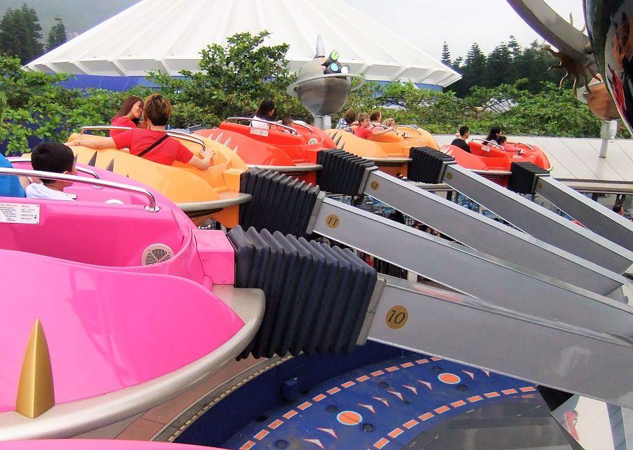 Orbitron in Hong Kong Disneyland - Foto: © Adri van Esch