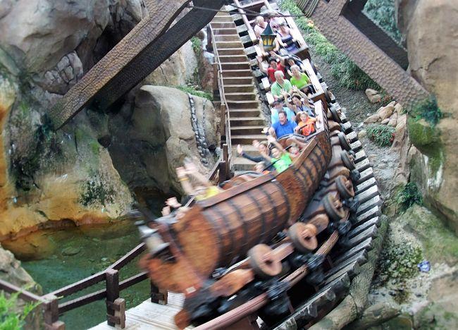 Seven Dwarfs Mine Train in Disney's Magic Kingdom - Foto: © Adri van Esch