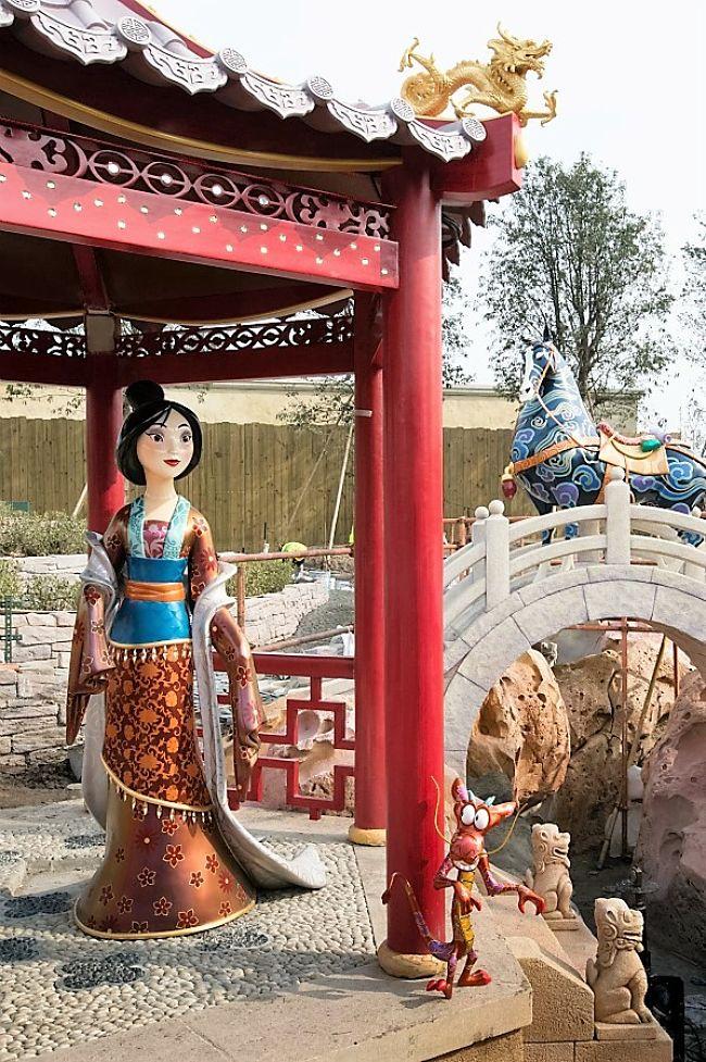 Voyage to the Crystal Grotto in Shanghai Disneyland - Foto: © Disney