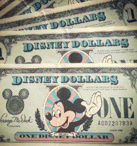 Disney Dollars - Foto: Timy Lee, Flickr c.c.