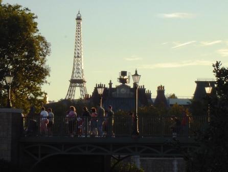 Frankrijk bij schemering in Epcot - Foto: (c) Parkplanet