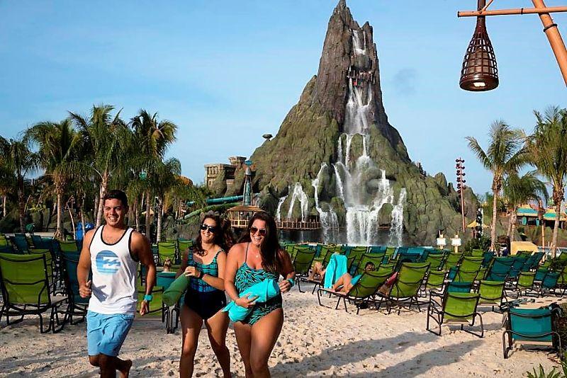 Vulkaan Krakatau en Waturi Beach in Volcano Bay - Foto: © Universal Studios Florida