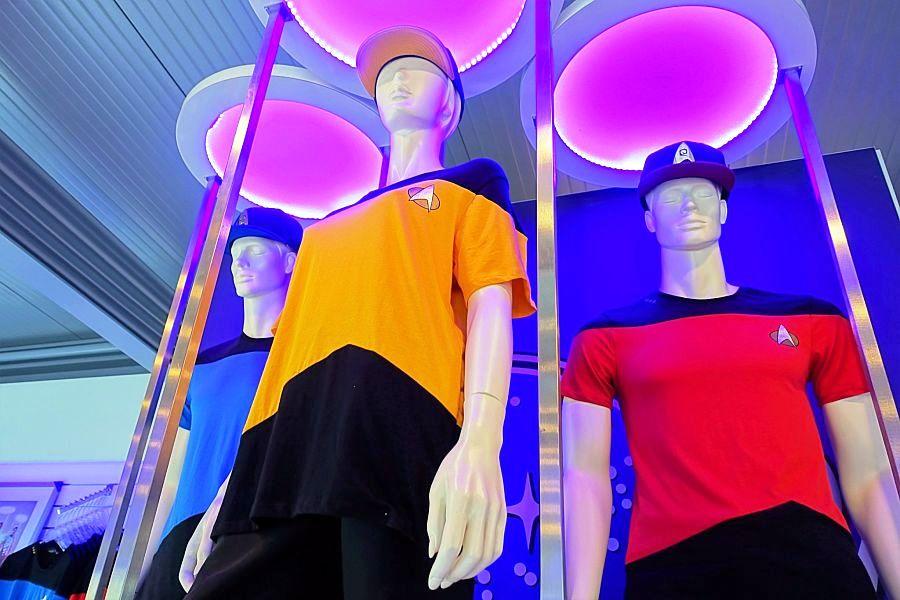 T-shirts in Federation Center in Movie Park Germany - Foto: © Adri van Esch
