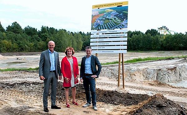De directie van Toverland: v.l.n.r. Jean Gelissen, Caroline Kortooms en Paul Oomen