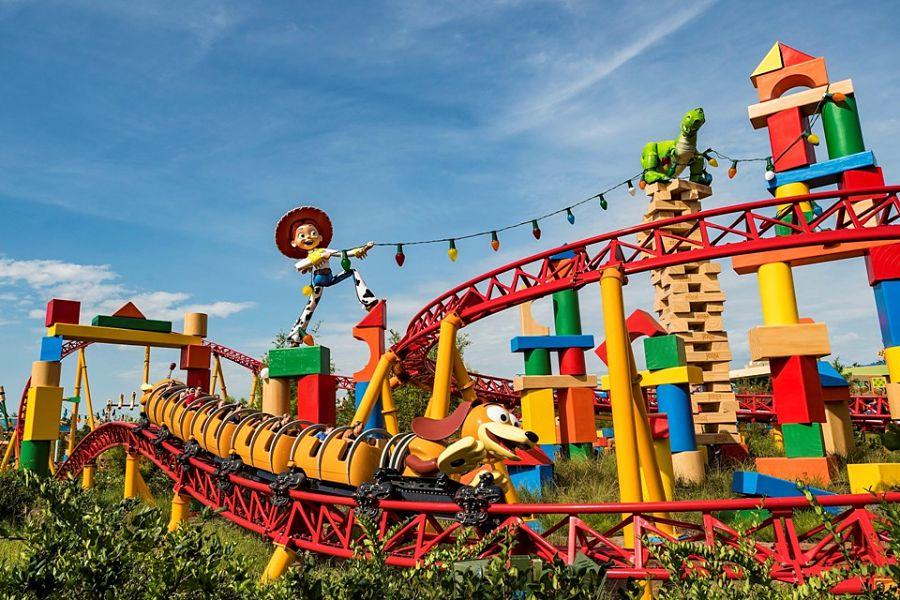 Slinky Dog Dash in Disney's Hollywood Studios - Foto: © Disney / Matt Stroshane