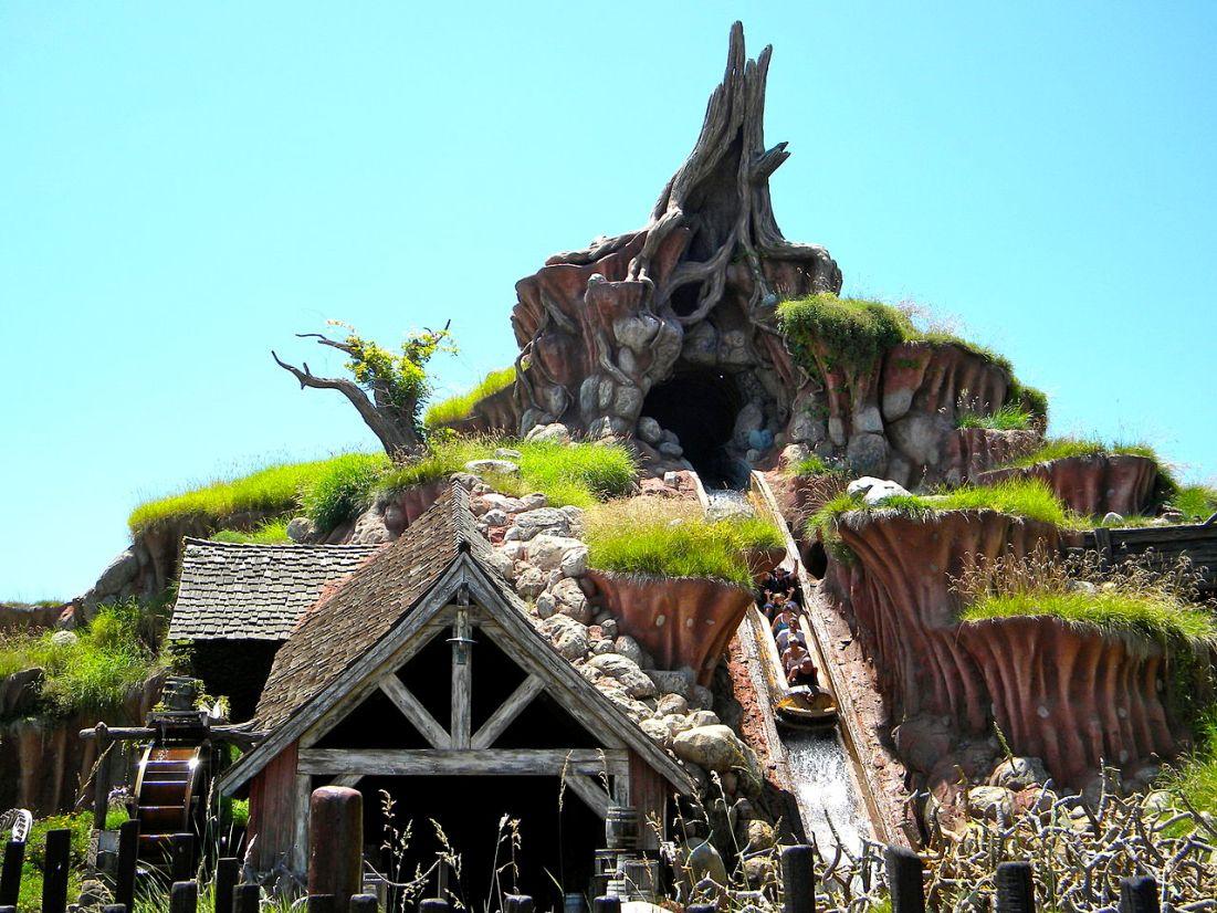 Splash Mountain in Disneyland in Anaheim