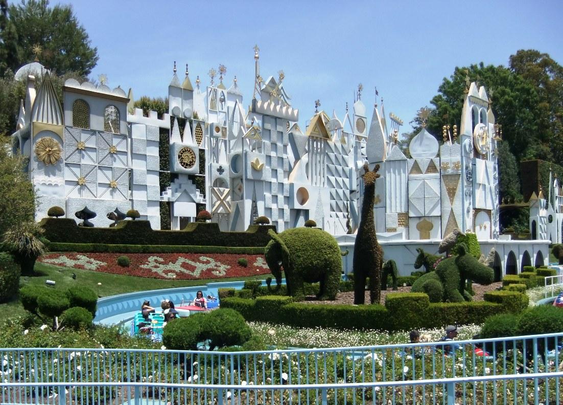 It's a Small World in Disneyland in Anaheim - Foto: © Adri van Esch