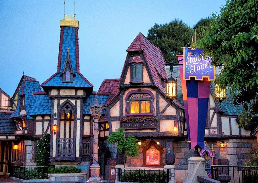 Fantasy Faire in Disneyland in Anaheim - Foto: © Disney, Paul Hiffmeyer