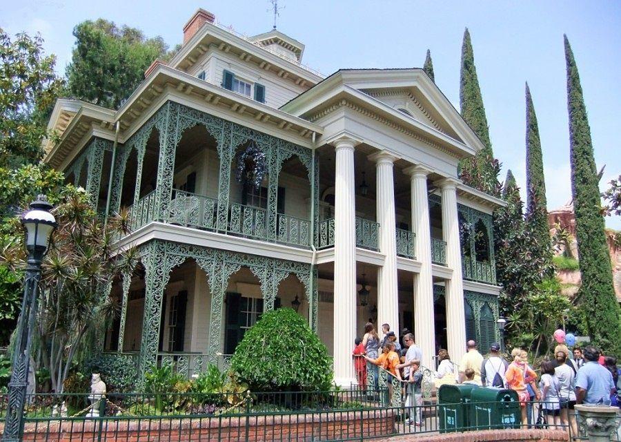Haunted Mansion in Disneyland in Anaheim - Foto: © Adri van Esch