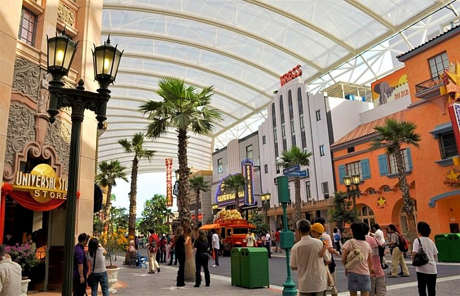 Hollywood Boulevard in Universal Singapore - Foto: Ashleyt (Wikipedia)